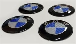 Эмблема на диски BMW (4шт, голубые карбон) - фото 69302