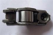 Renault Рокер клапана Logan,Clio,Megane 1.6/2 98->  7700107556